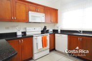cr-holiday-rentals-3